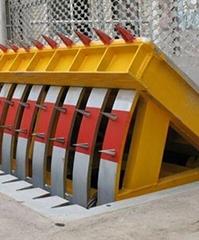 升降柱厂家浅谈翻板路障机的安装调试及其参数